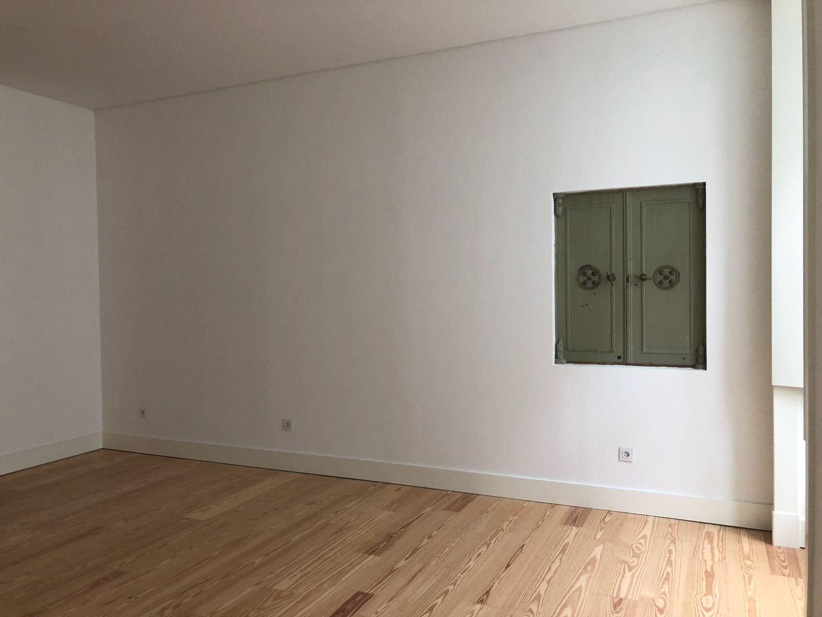 pf17142-apartamento-t2-lisboa-a4a62f02-9633-4d84-b539-422f08634788
