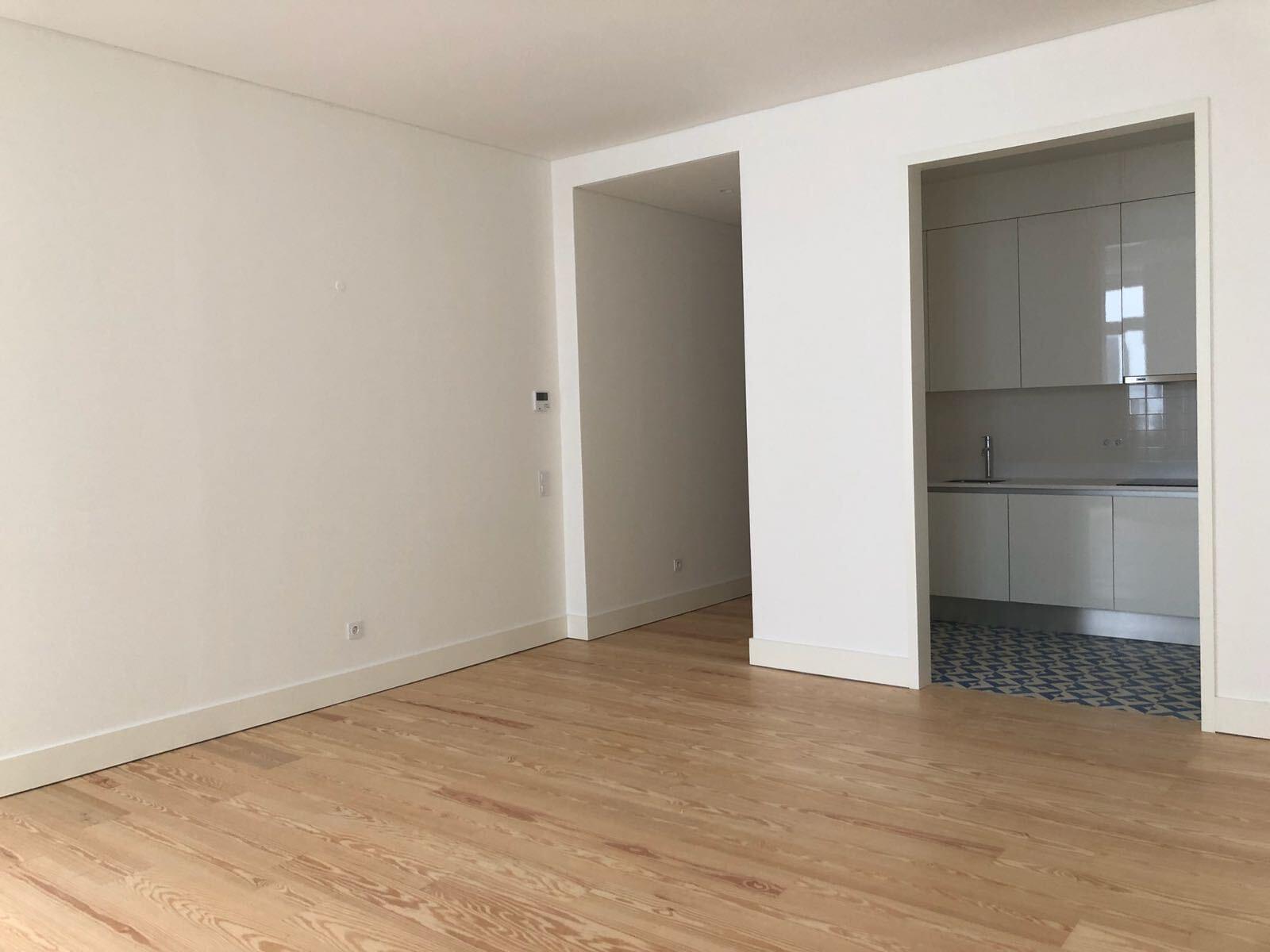 pf17142-apartamento-t2-lisboa-d3375ec2-a178-4a0d-8425-2c978ef36775