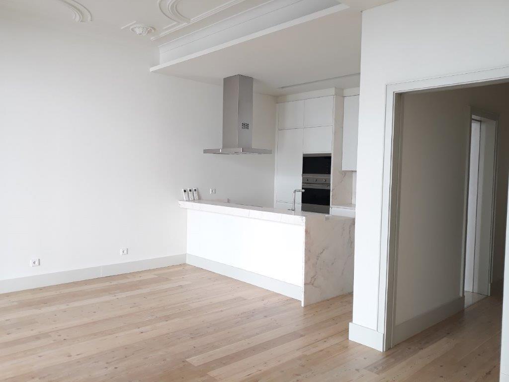 pf17144-apartamento-t2-lisboa-1faa0a30-3b10-4e7d-a1f8-362887a11cb3