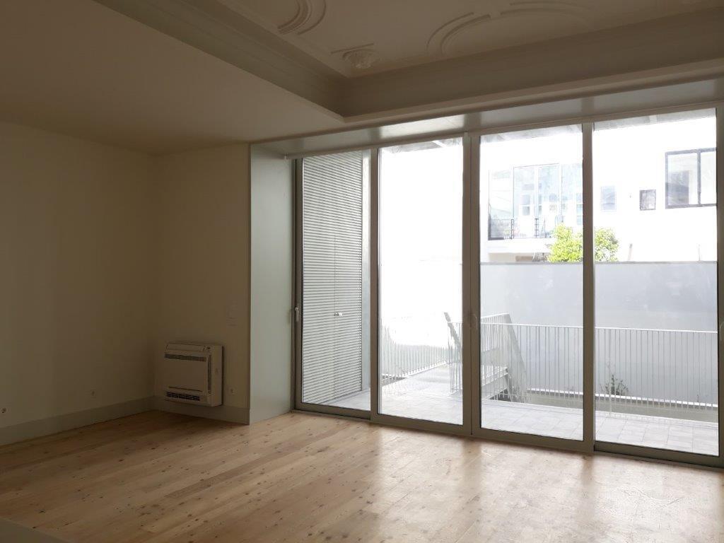 pf17144-apartamento-t2-lisboa-b74e34d8-4ae4-4cd6-9604-7a2d8f224d5f