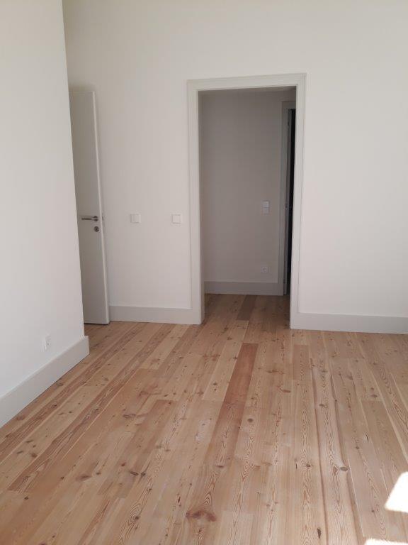 pf17144-apartamento-t2-lisboa-df9d29e0-41a1-4680-9c5e-1281d2fc88c6