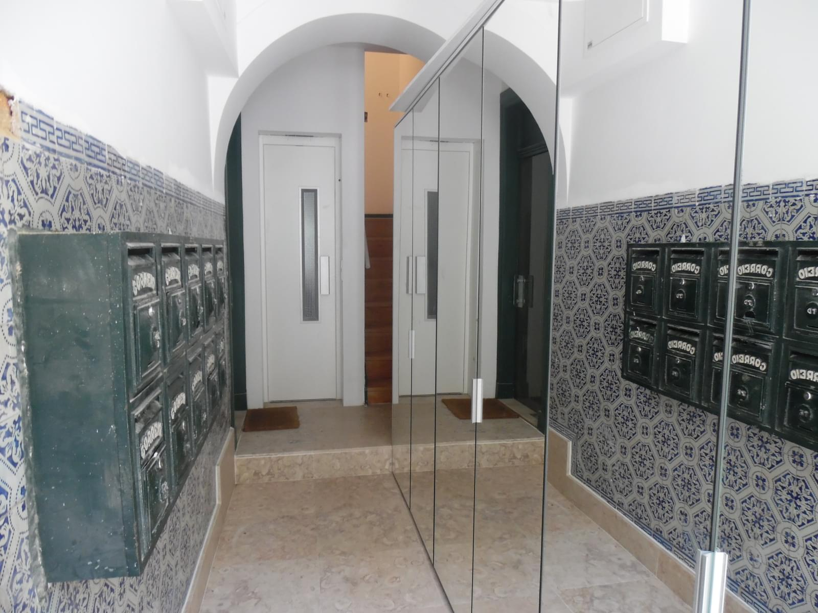 pf17147-apartamento-t2-lisboa-232b8ee5-d3ee-44a8-9bbd-725c2eb064ff