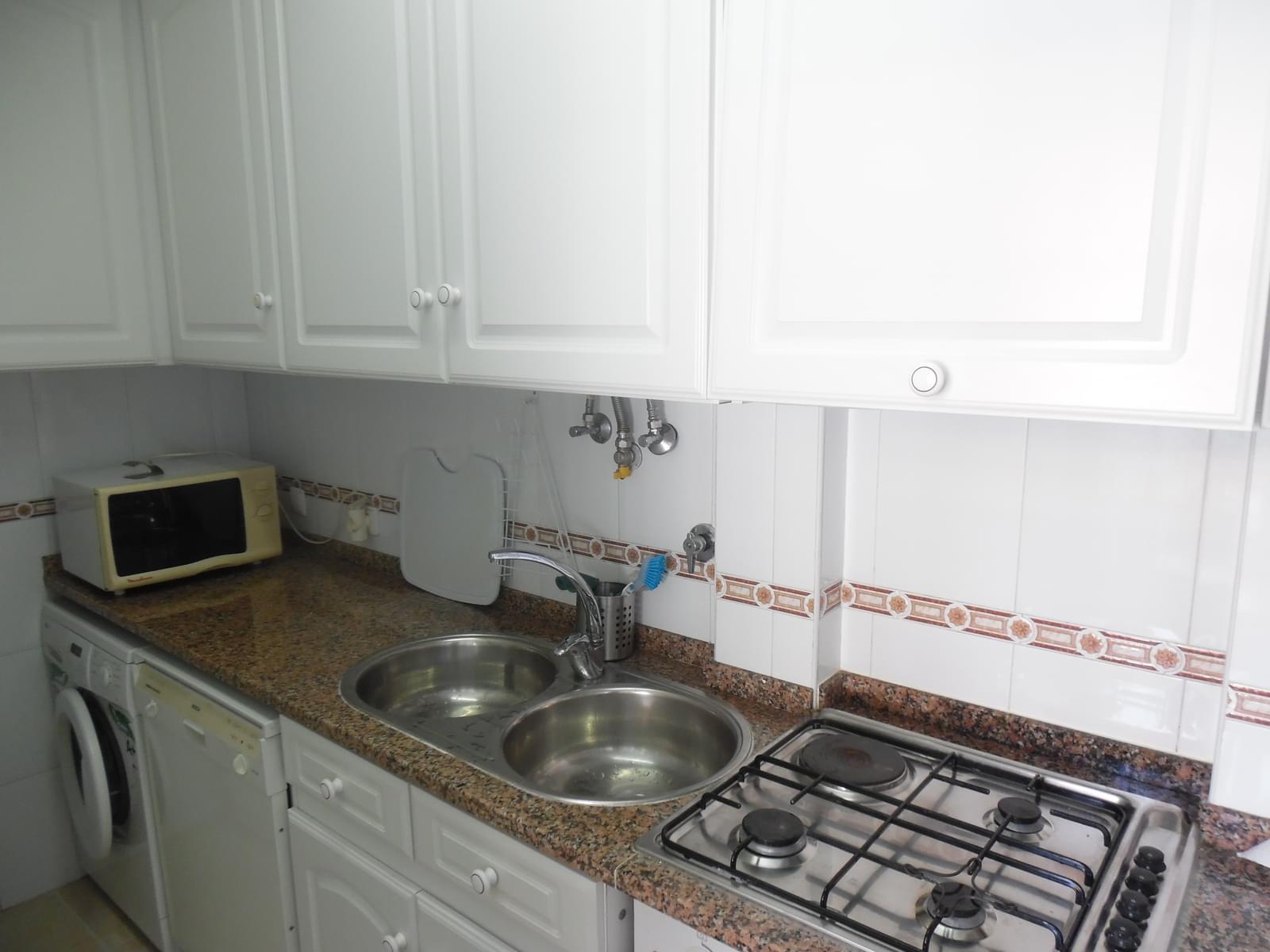 pf17147-apartamento-t2-lisboa-95a064f9-52b1-4b59-8414-4a86d1744d8f