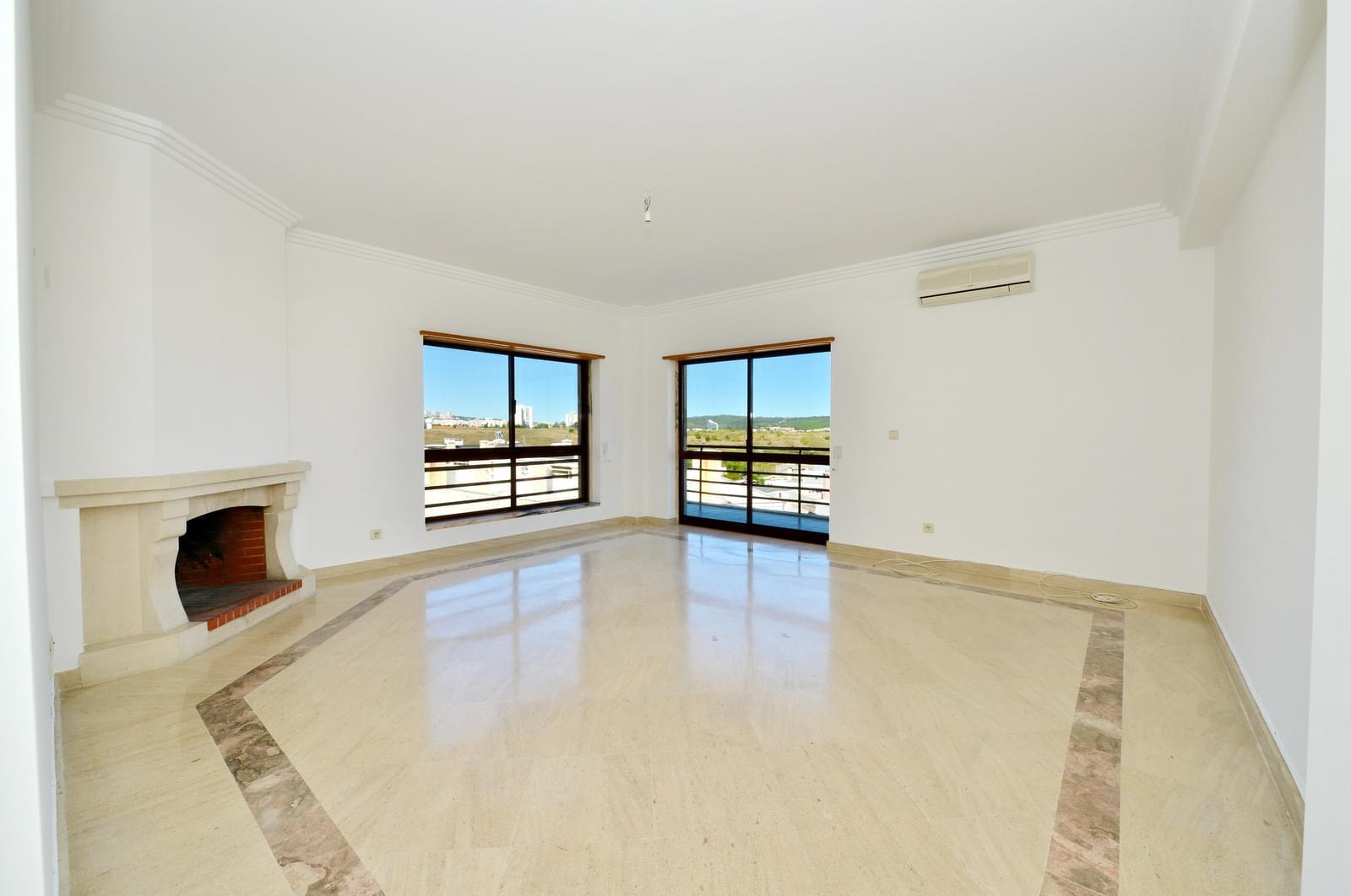 pf17174-apartamento-t3-oeiras-cf72562b-93f9-4e44-bd22-86bf8691e60e