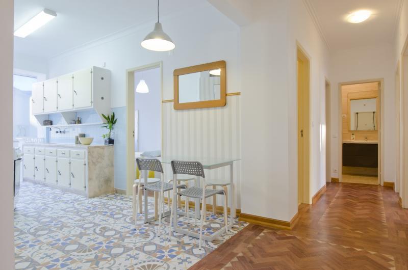 pf17185-apartamento-t4-lisboa-46edf22a-ef2f-4a4e-a13a-09f176180f24
