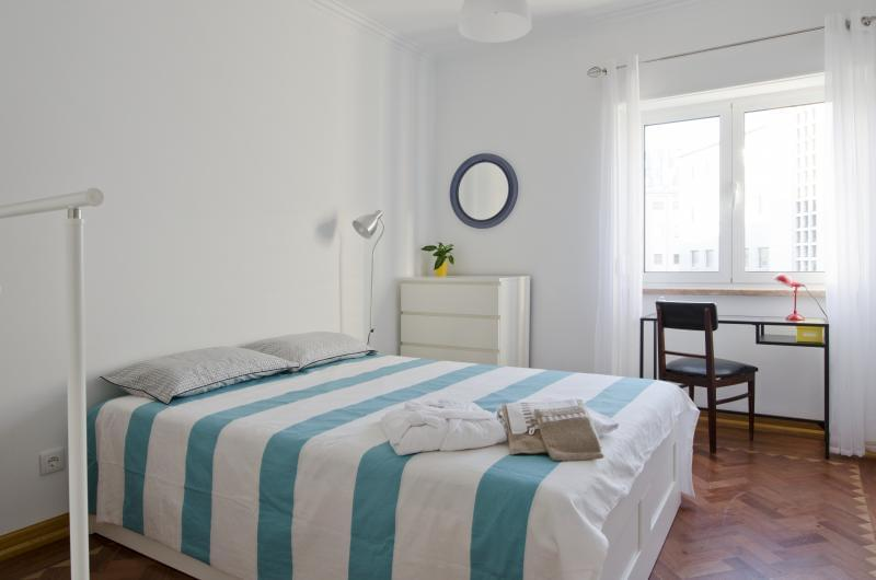 pf17185-apartamento-t4-lisboa-be2b70d9-c84d-47bb-a483-34df5e76b112