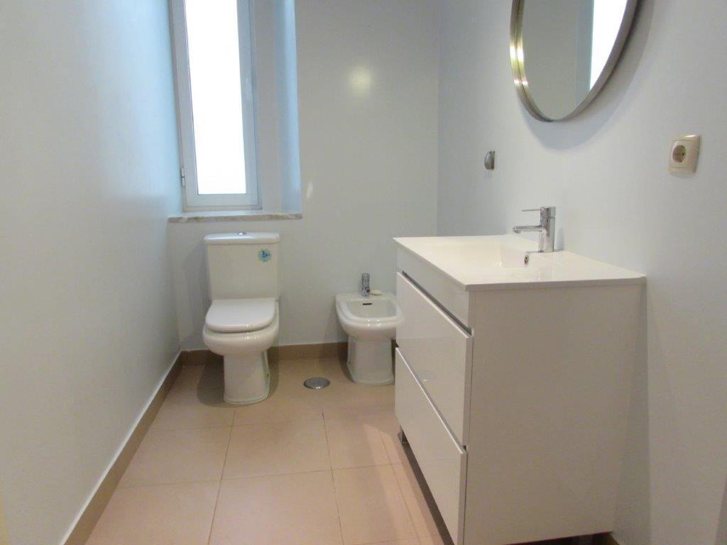 pf17186-apartamento-t3-lisboa-16119865-cad5-4dce-acd9-493ef0d4537a