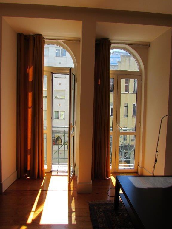 pf17186-apartamento-t3-lisboa-d1fbd2bb-4672-47f8-8f24-7965d967aed7