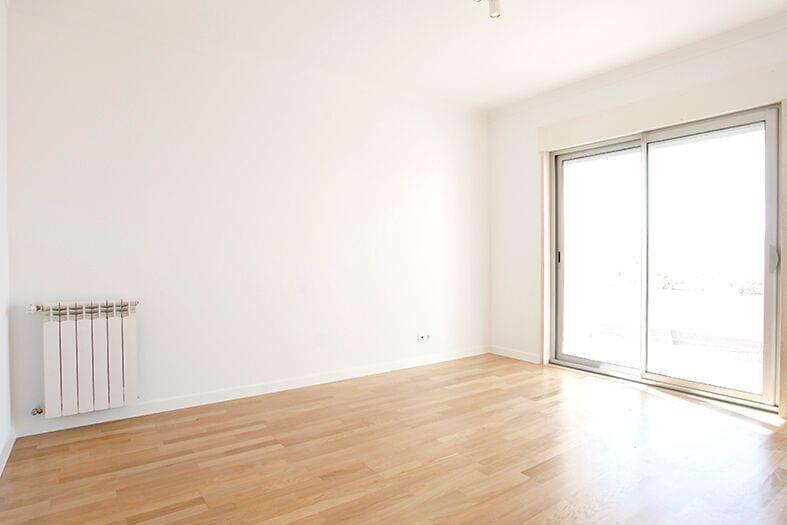 pf17190-apartamento-t2-lisboa-14390722-32d7-4639-8d51-39bf2e2c3cac