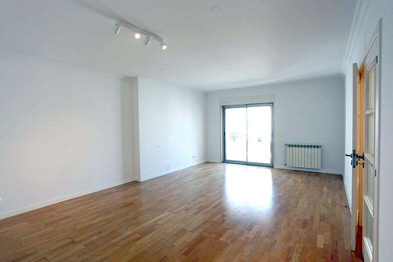 pf17190-apartamento-t2-lisboa-60c479f0-b9bc-47f6-97a0-c2edb97e7b6d