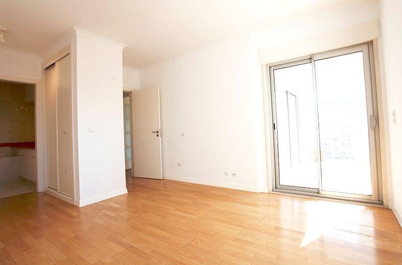 pf17190-apartamento-t2-lisboa-9724f017-76f7-4f18-9395-4065b28b9892