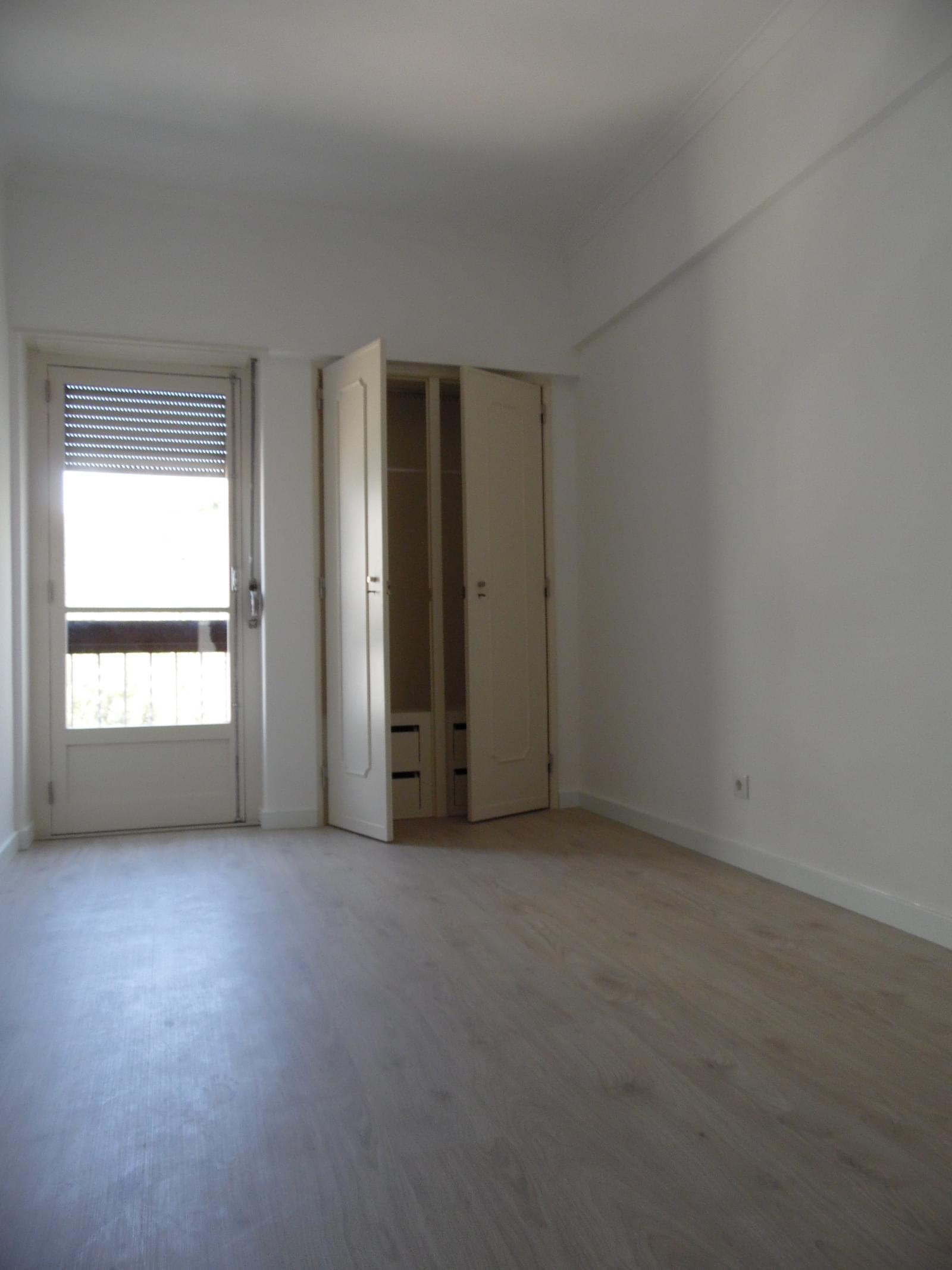 pf17195-apartamento-t3-oeiras-f0de77bb-6d13-4689-b028-c9a2a5bb9098