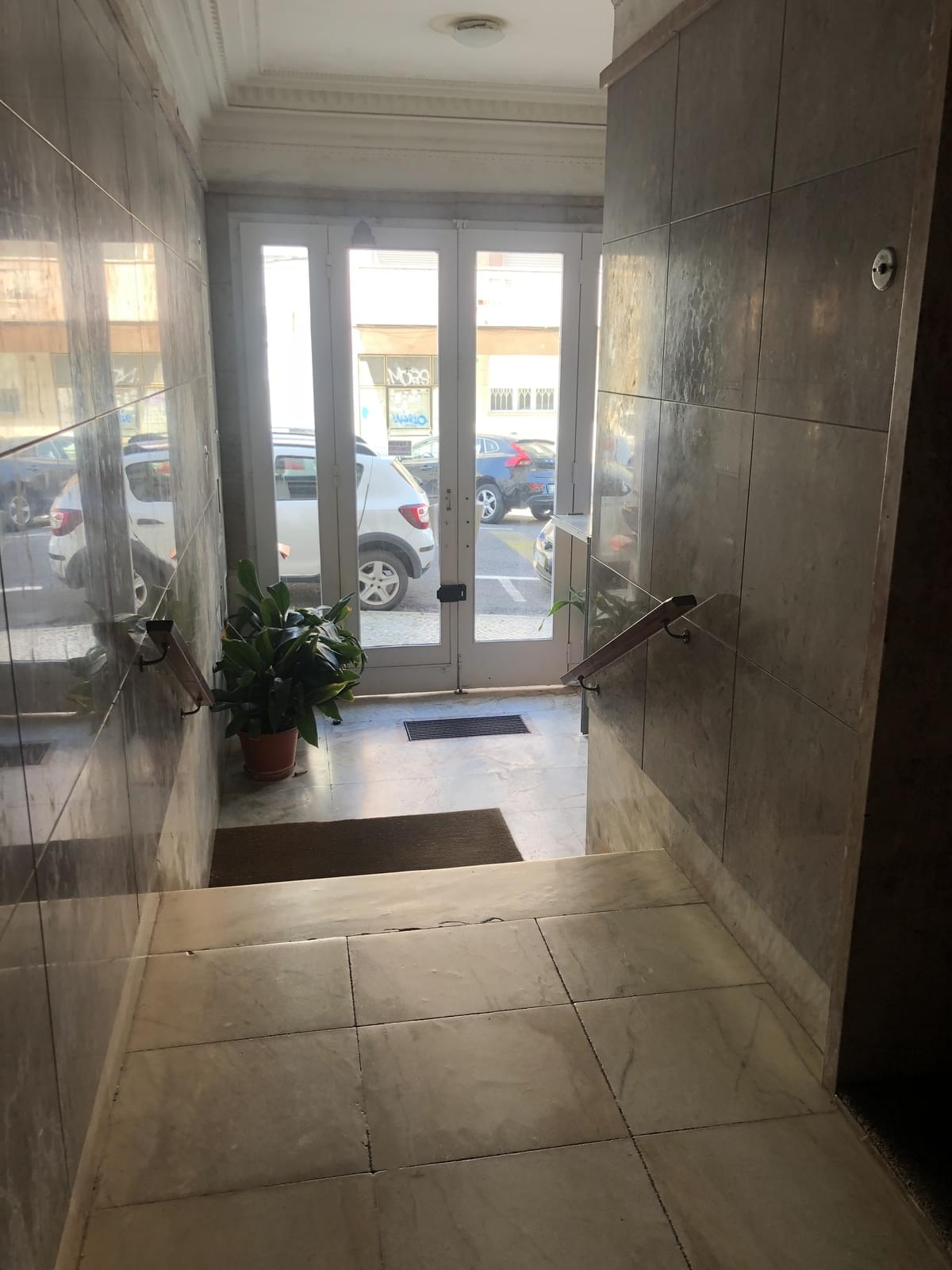 pf17234-apartamento-t3-lisboa-538d9348-9b80-4584-9e59-9c13ecb2d2e2