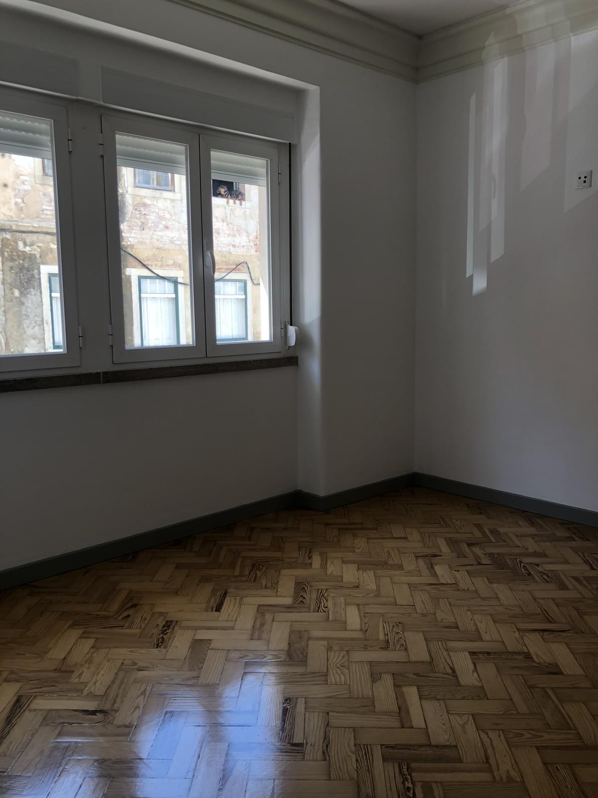 pf17234-apartamento-t3-lisboa-53d31cd8-fba1-4223-9e3b-3a1054712687