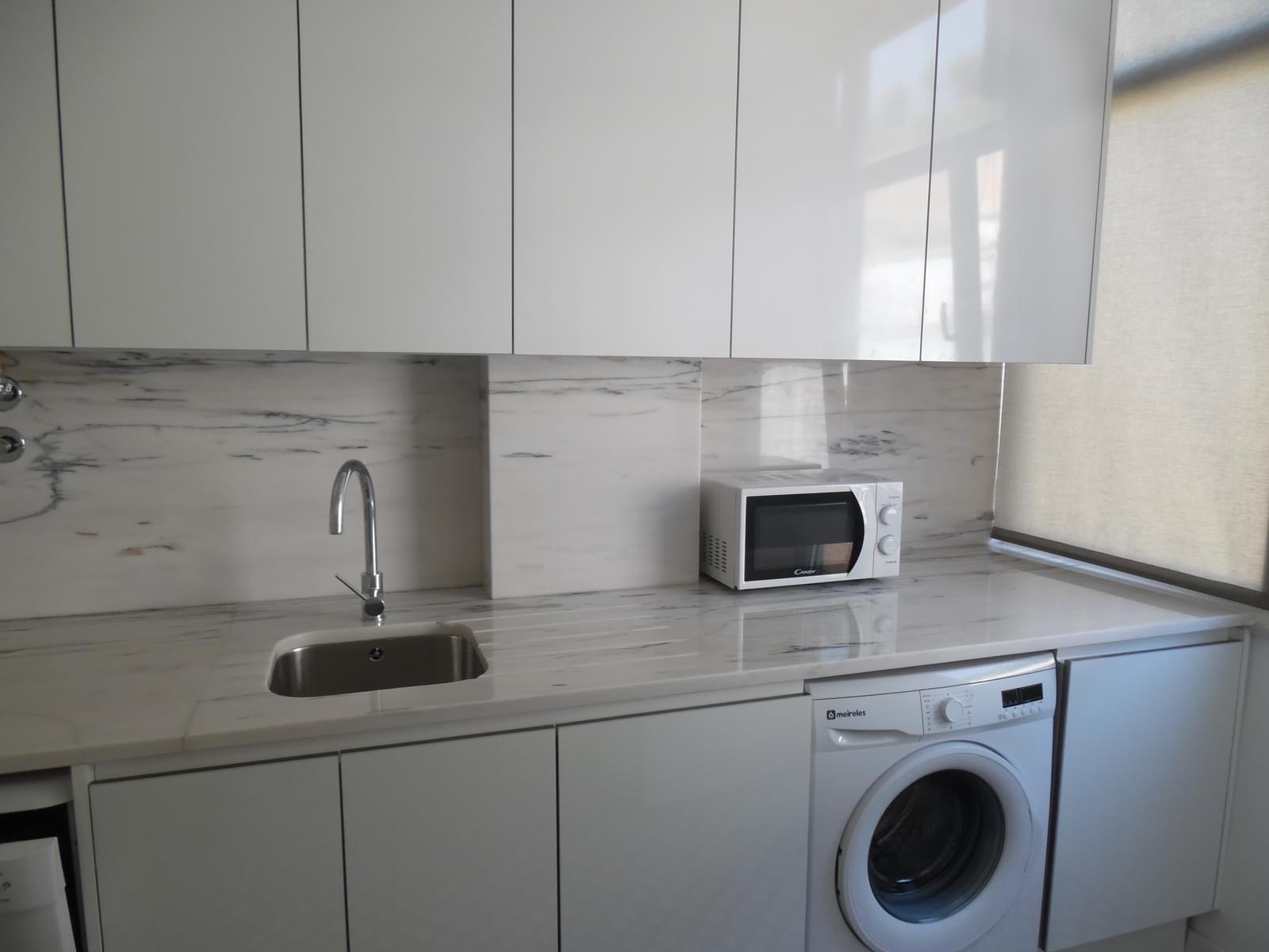 pf17256-apartamento-t2-lisboa-382e8fd2-c407-4818-a8b7-ca460c05bb4f