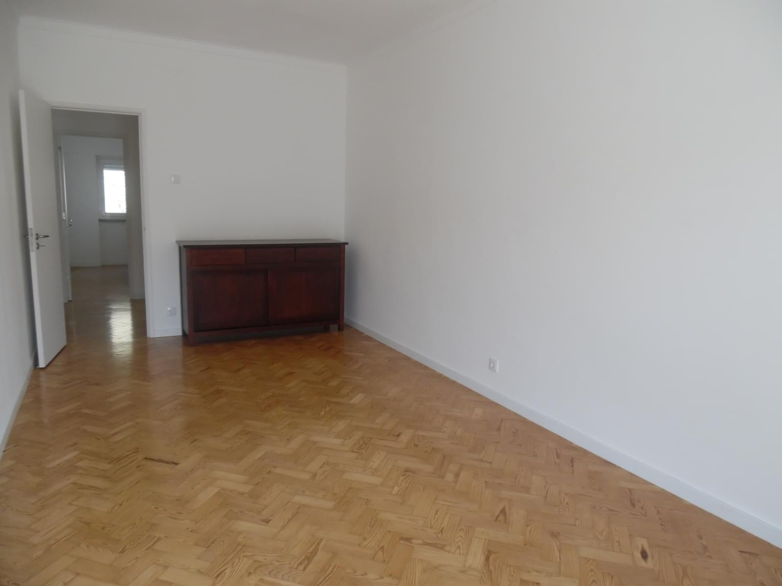 pf17256-apartamento-t2-lisboa-85465fcb-377f-4242-a1a1-d12e04ad4a88