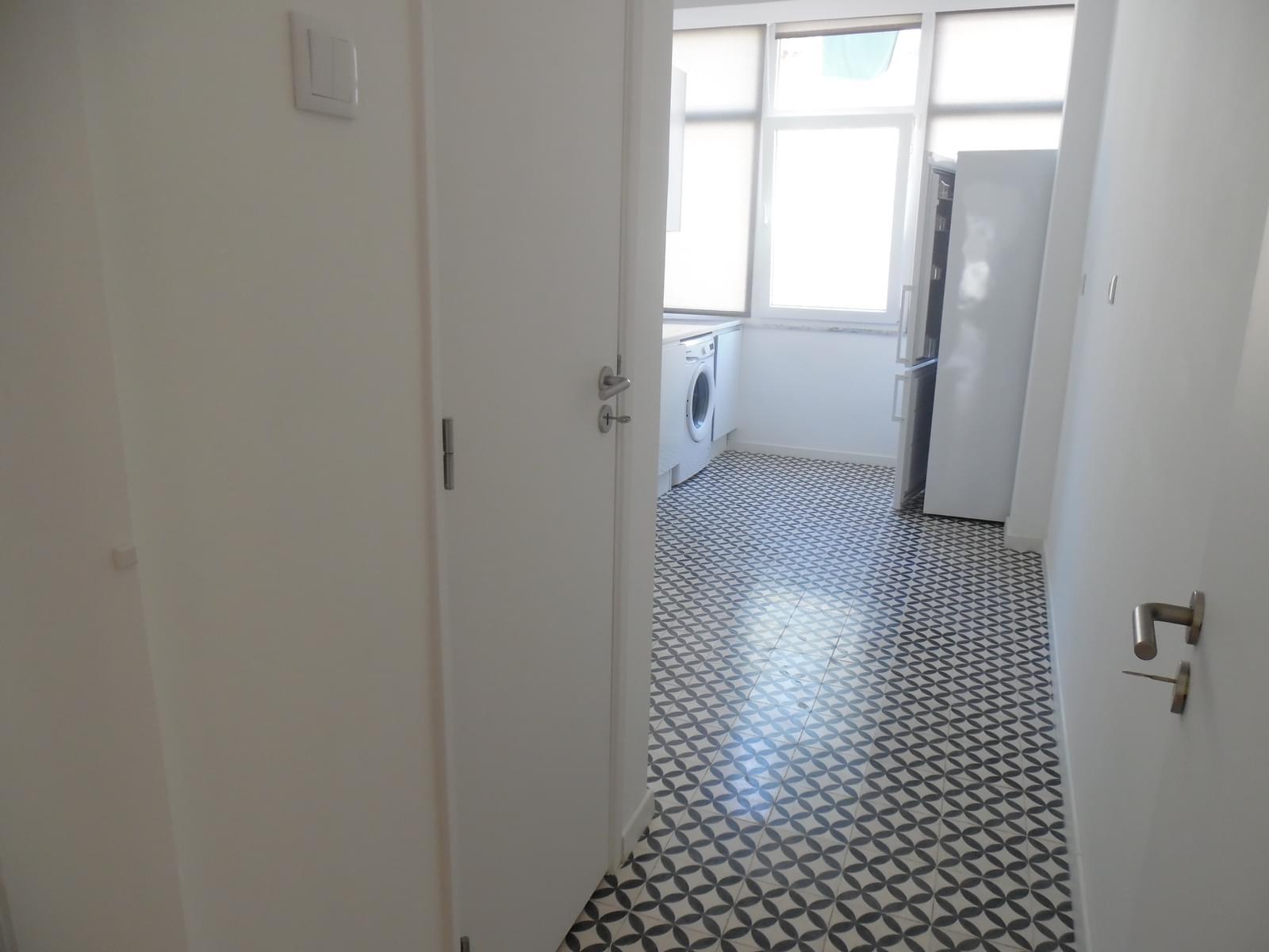 pf17256-apartamento-t2-lisboa-9091f494-dc46-4206-aac8-fd27cd77c59b