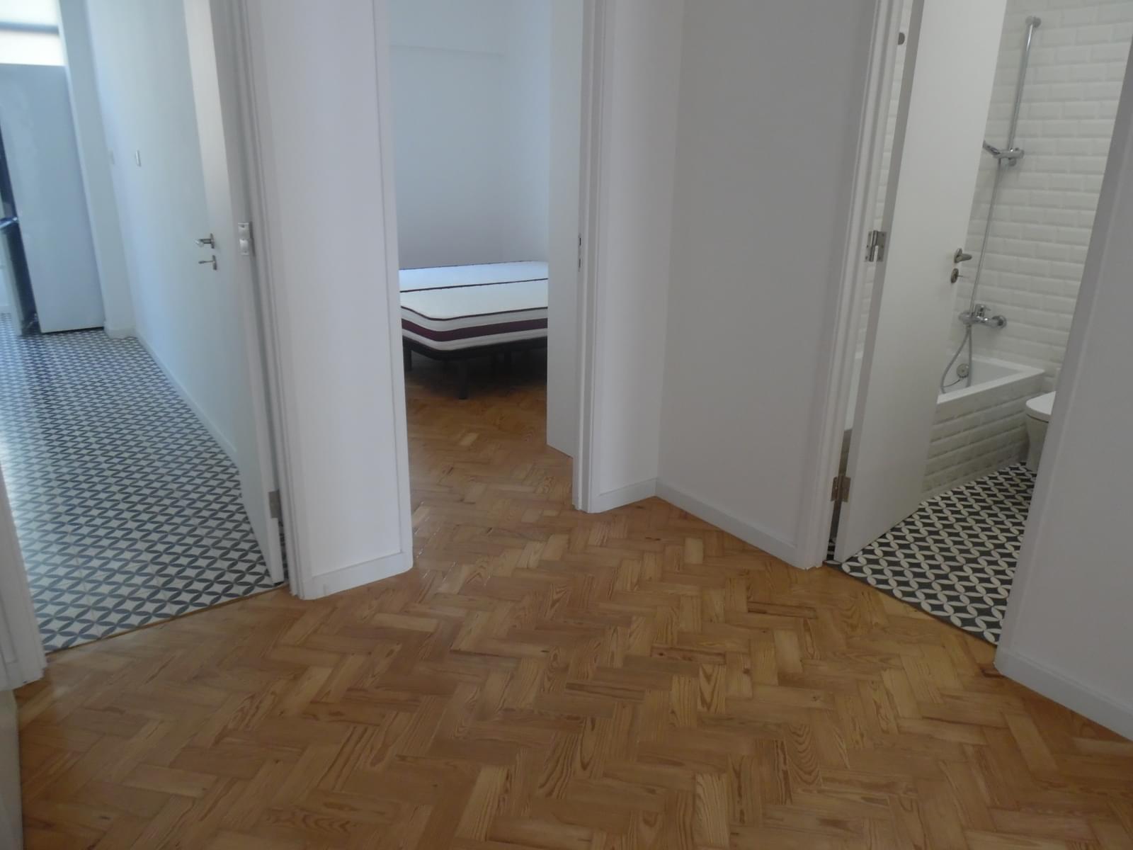 pf17256-apartamento-t2-lisboa-beb6d532-7f3c-420e-97c3-cf1dcc0abecf