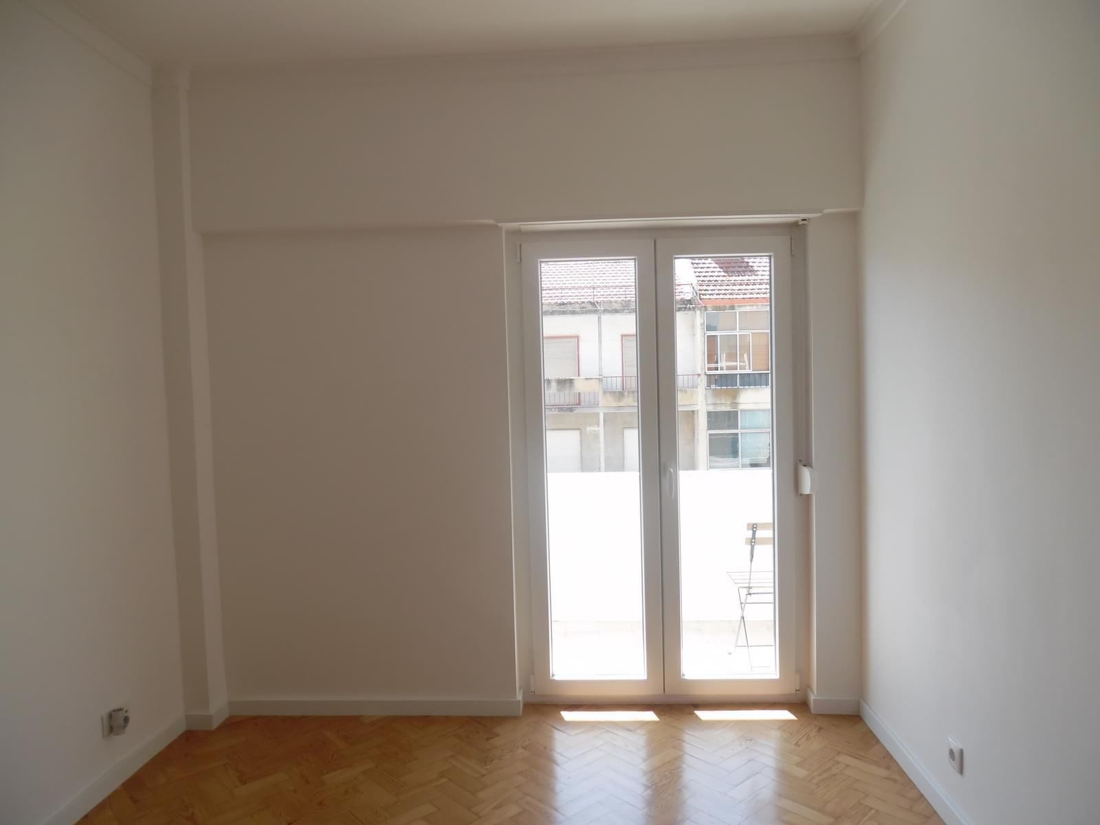 pf17256-apartamento-t2-lisboa-e4f66afe-ea8d-44d1-bb33-4716f77304d8
