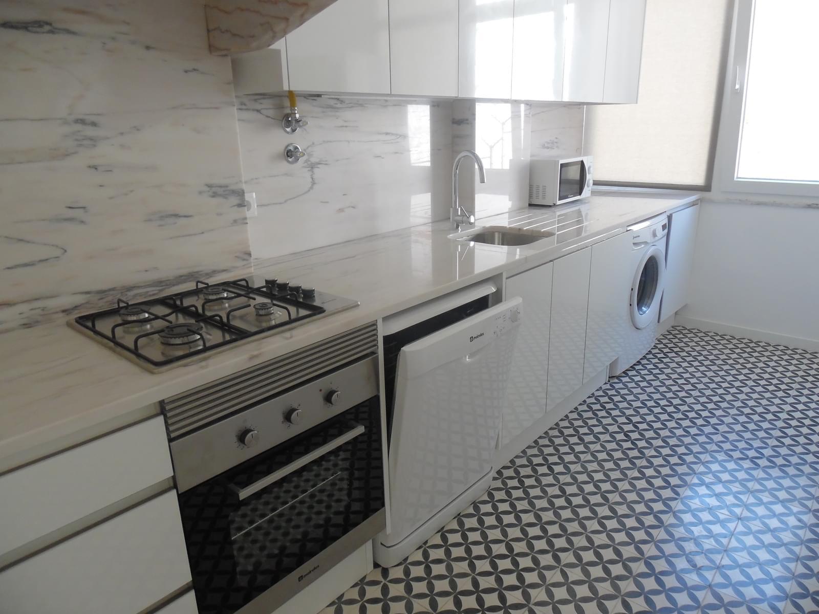 pf17256-apartamento-t2-lisboa-eb9ed194-da7d-4366-b837-c634c9d98aa2