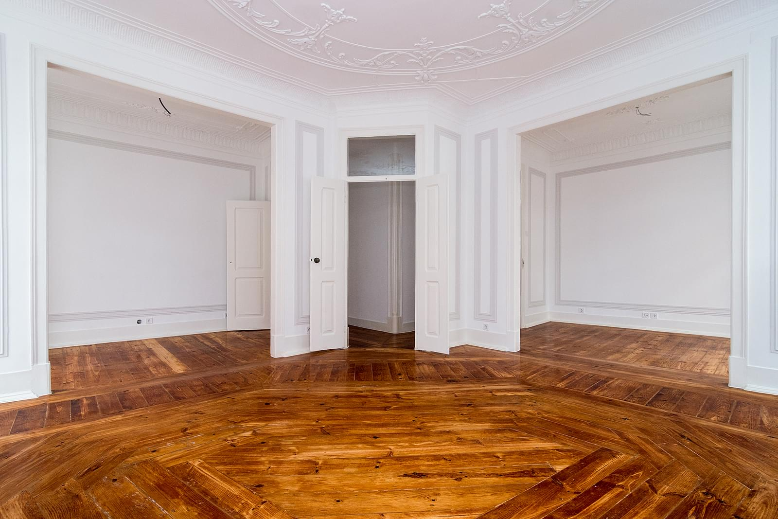 pf17267-apartamento-t3-lisboa-296d6eeb-20da-4f18-a032-ff9cf0a403a5