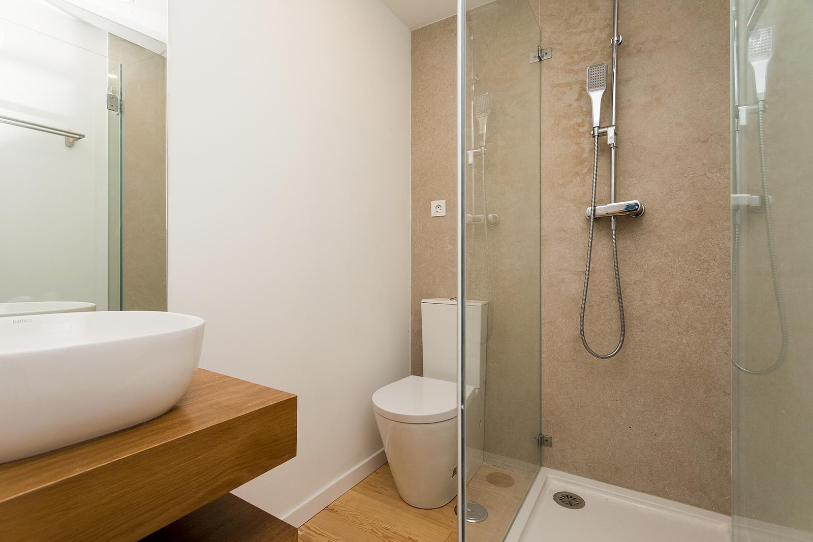 pf17273-apartamento-t2-lisboa-5297d2a2-d87a-4010-ab2d-107dda167804
