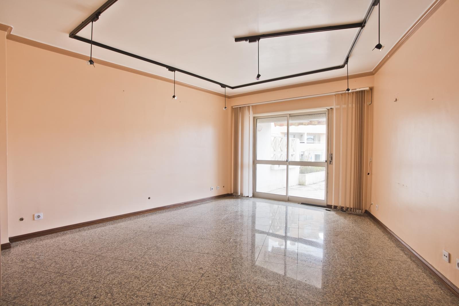 pf17280-apartamento-t2-cascais-f9177362-5e49-4572-a4f9-7942ed3e01cc