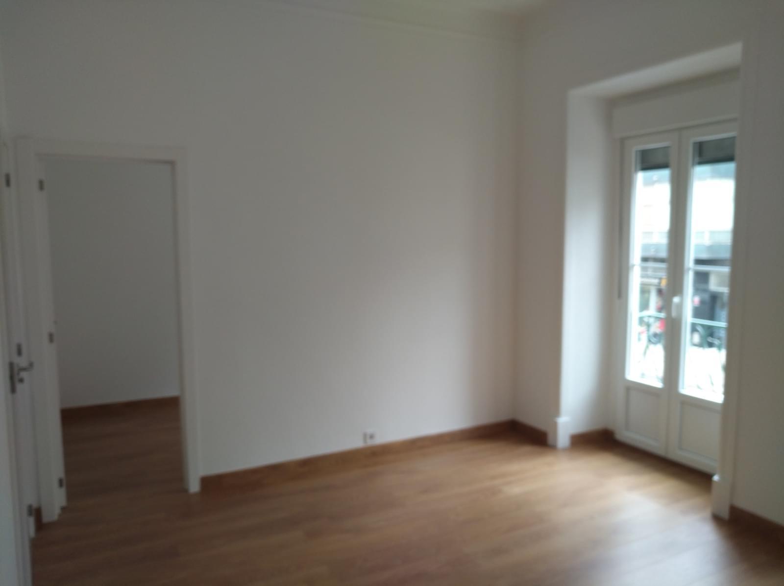 pf17316-apartamento-t2-lisboa-327b229b-b70d-428e-9d32-727aaa98f4cb