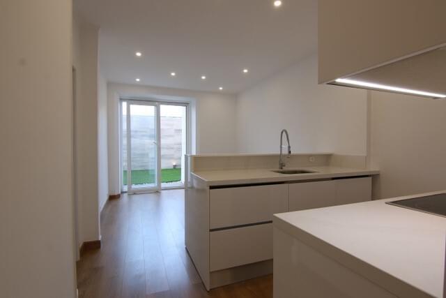 pf17316-apartamento-t2-lisboa-483ab8ec-357b-414d-846d-a323348fafd7