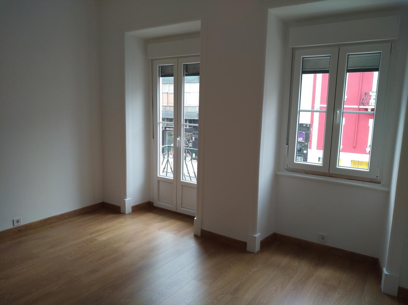 pf17316-apartamento-t2-lisboa-91d971ee-f78a-4d2f-86da-bd18b885e5b9