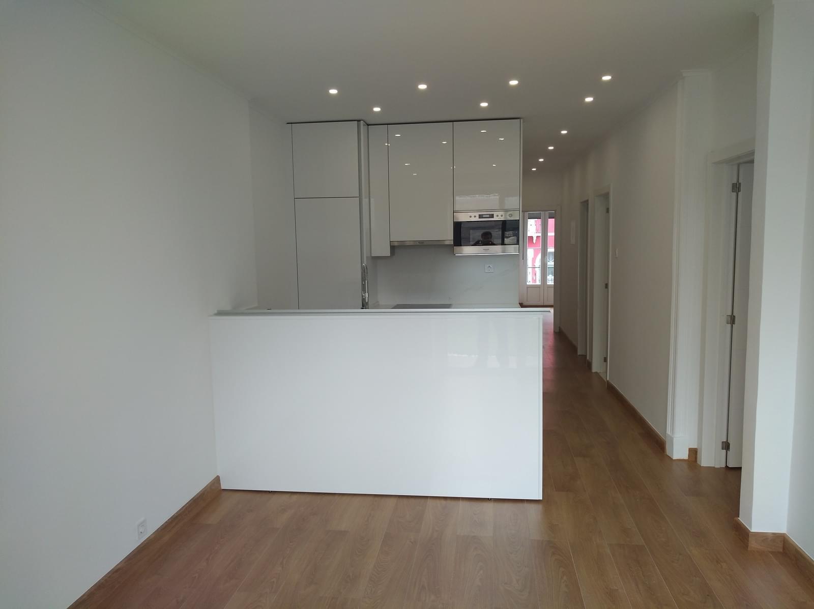 pf17316-apartamento-t2-lisboa-c890fa41-2d83-43b9-aeff-443231ceac48