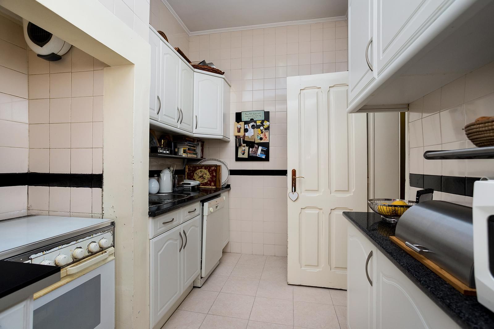 pf17379-apartamento-t3-lisboa-002efe4a-d5c7-4b09-9987-58e70f9e766f