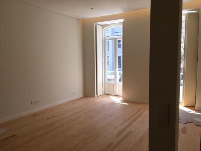 pf17403-apartamento-t2-lisboa-8cbad1c9-1476-43b6-a73e-c4a113c1e52c