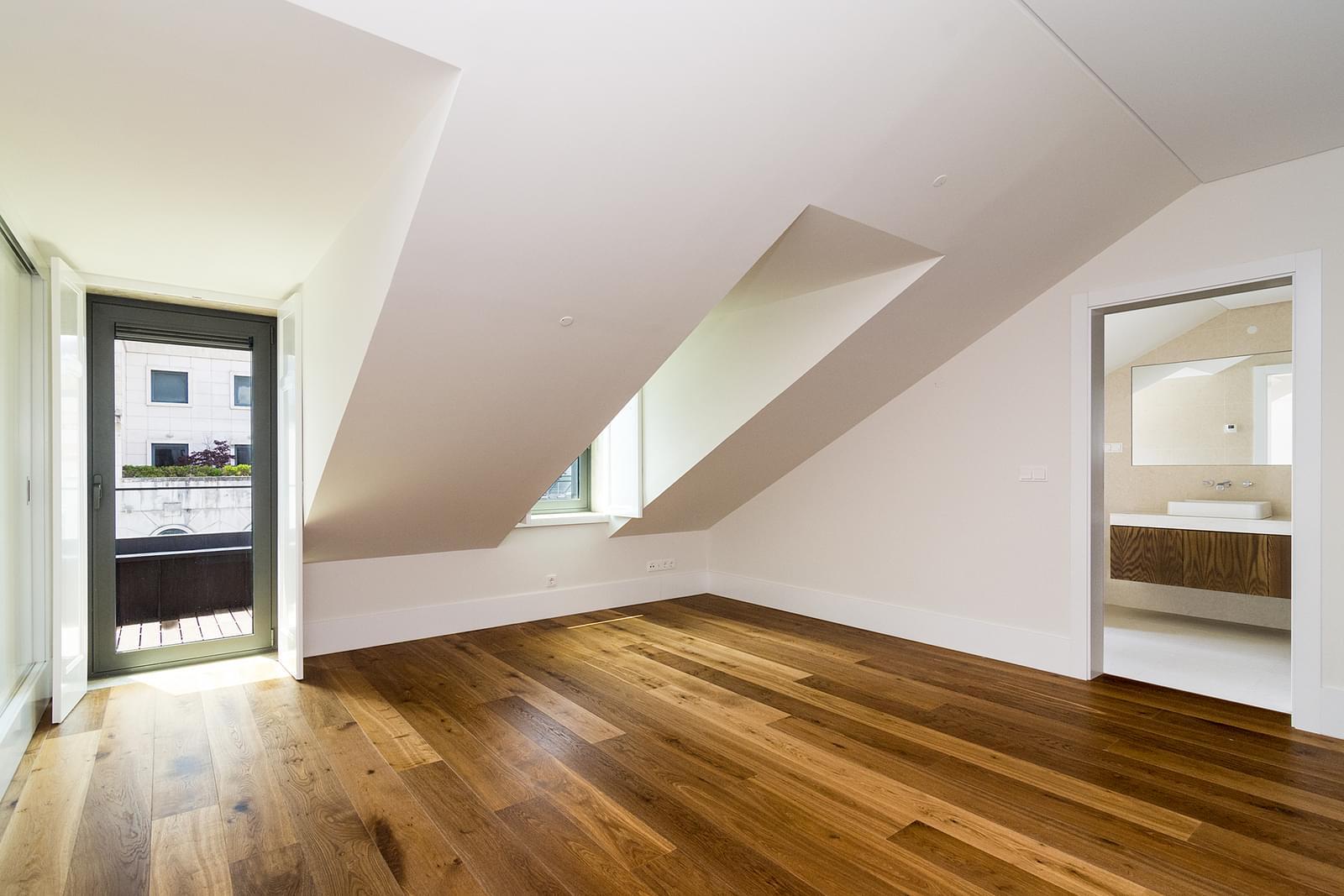 pf17442-apartamento-t3-lisboa-82e304ca-324b-4b25-abac-43dab5f97d8e