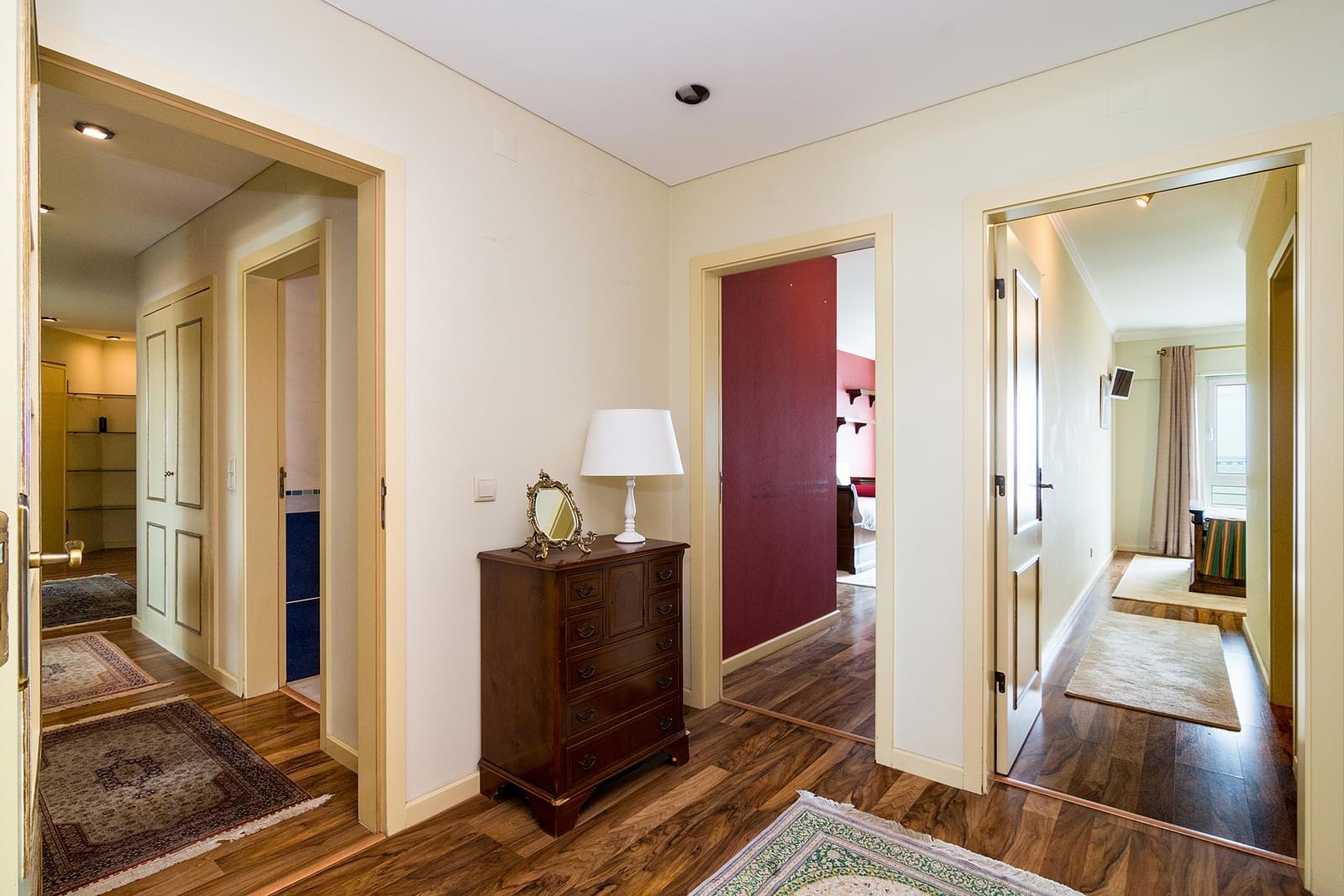 pf17449-apartamento-t4-lisboa-0a70aa6a-5343-427c-995c-6b02dfb051b6