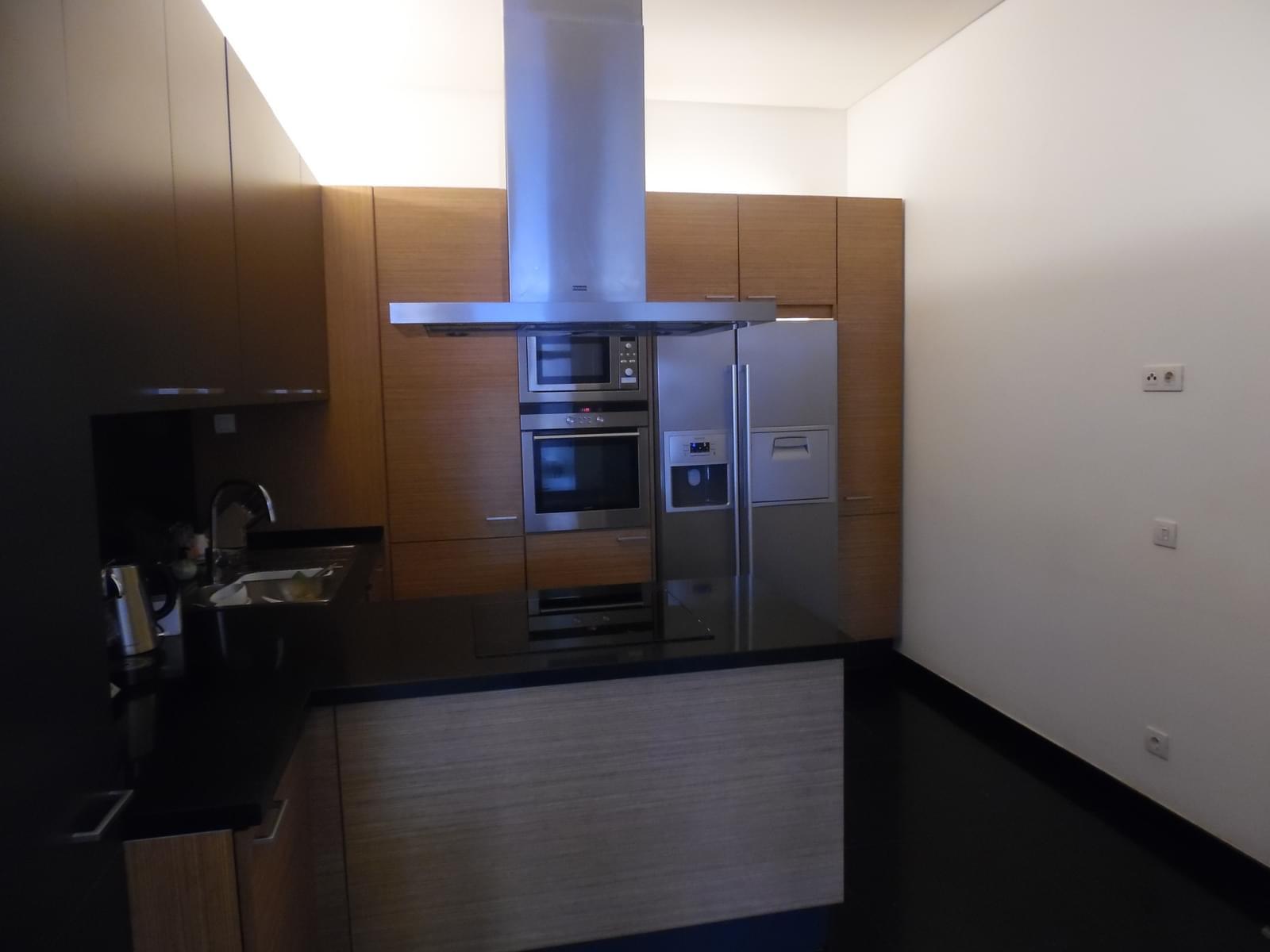 pf17454-apartamento-t4-lisboa-16fdfb70-025e-4961-8422-af7d9cd3af45