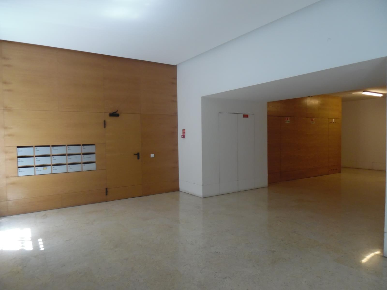 pf17454-apartamento-t4-lisboa-4b8d72ce-f42c-432c-aad5-9042722f89d3