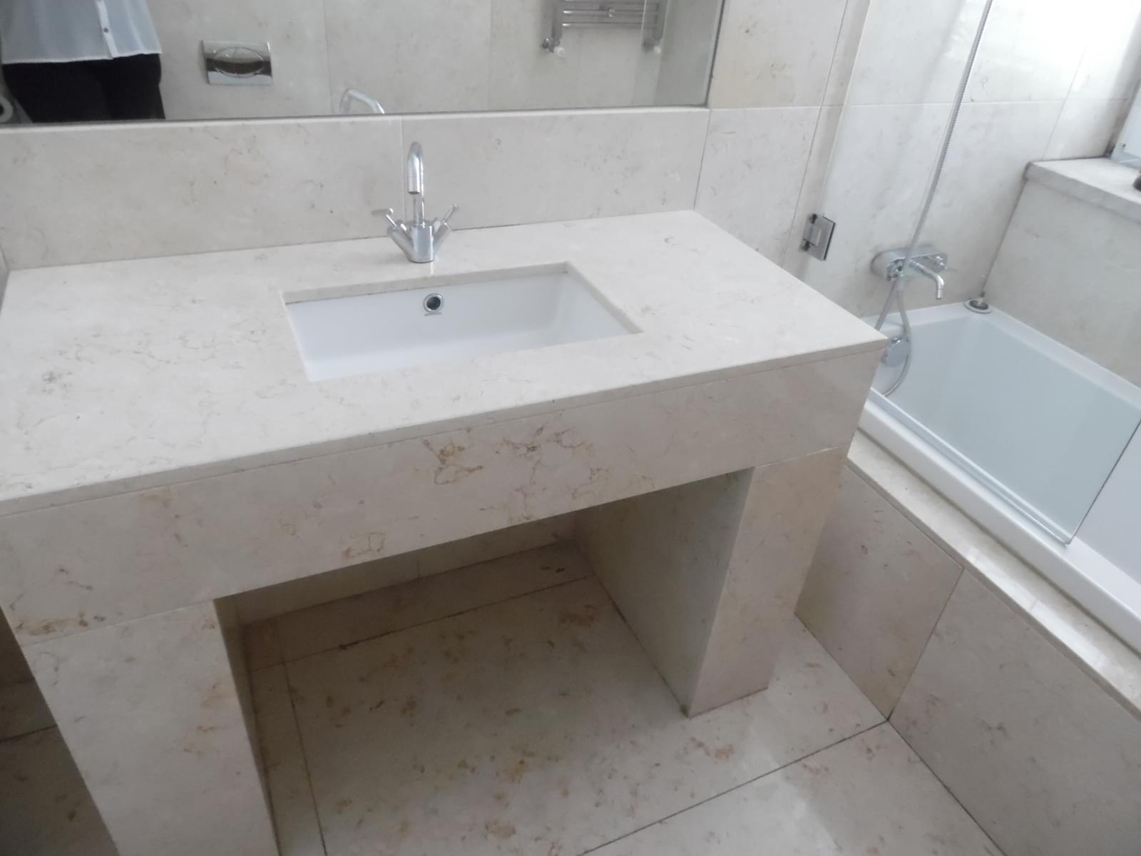 pf17454-apartamento-t4-lisboa-6bc767d5-618b-4723-8b0a-edcafeeb0d0e