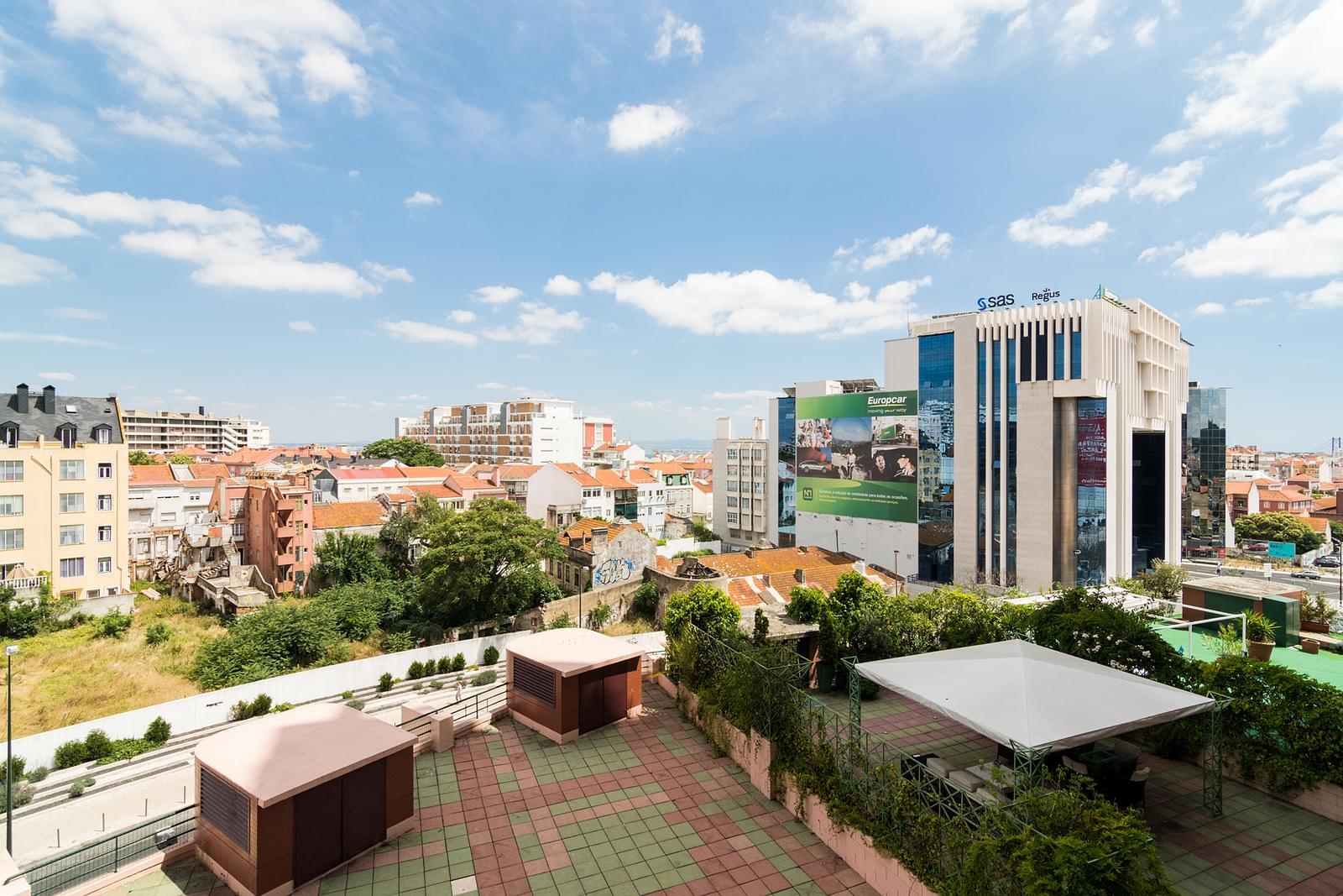 pf17479-apartamento-t4-lisboa-3cd68679-5dc7-4999-a903-257938273b00