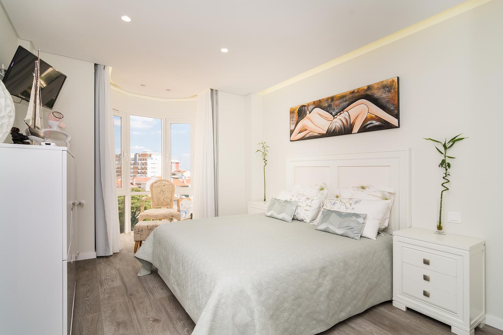 pf17479-apartamento-t4-lisboa-3f99a2d3-f74a-4a20-b5aa-5f885fdd56e0