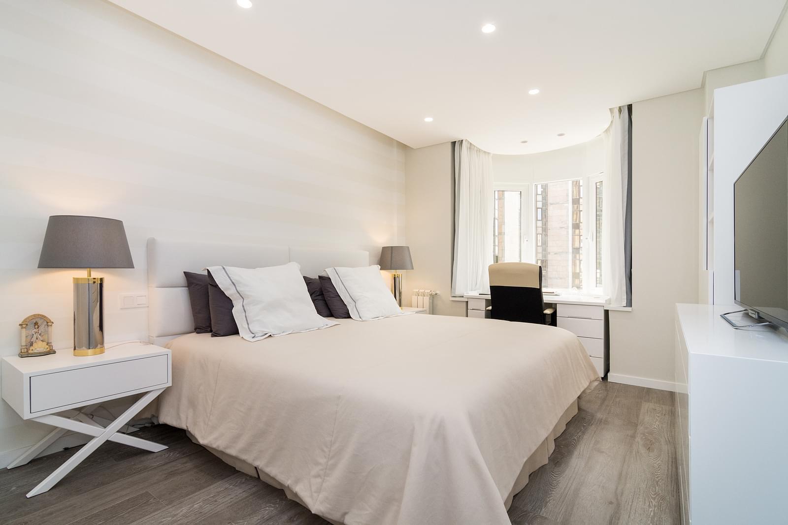 pf17479-apartamento-t4-lisboa-916ca008-154f-4929-a0e8-d30aefa309a3