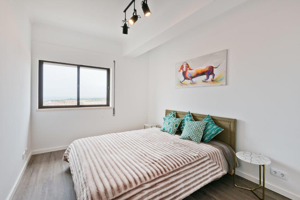 pf17501-apartamento-t2-cascais-44a3a0db-2ce0-49ba-9d13-623d784dbe46