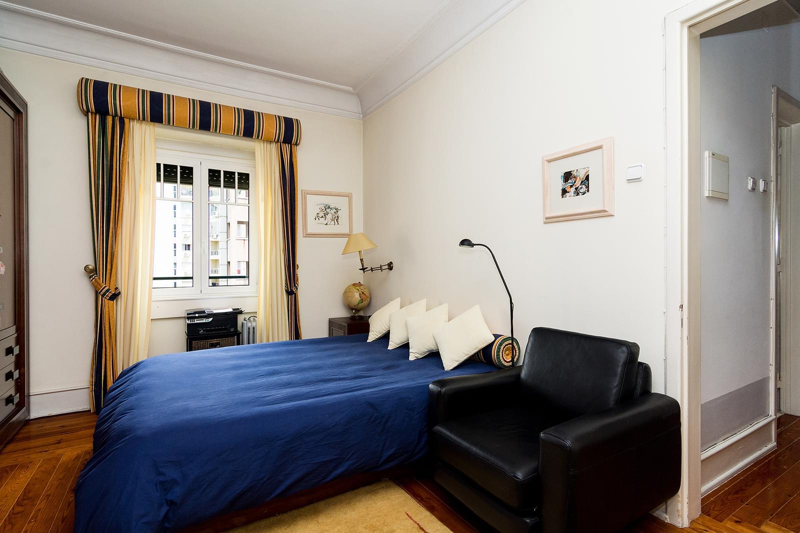 pf17510-apartamento-t4-1-lisboa-822af472-70b9-480e-897a-70eeb9776694