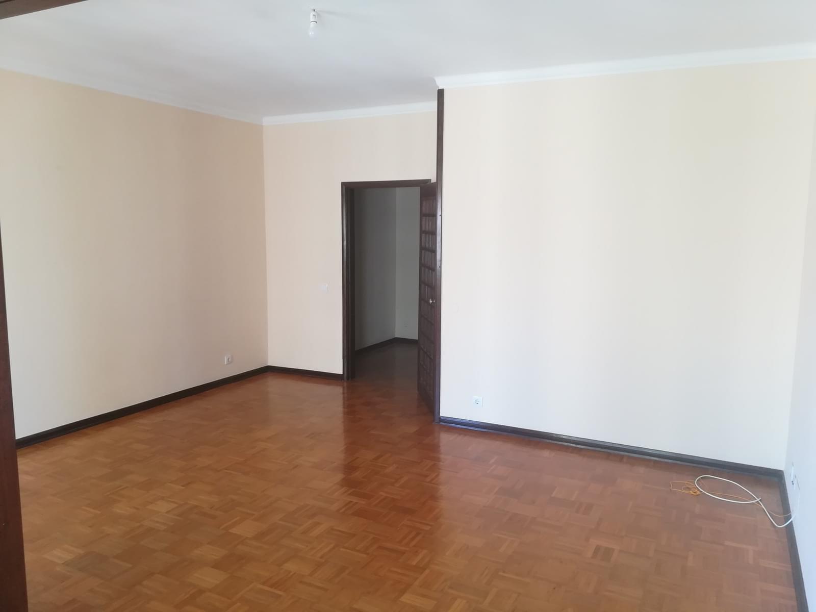 pf17568-apartamento-t3-oeiras-a6fc3d63-bb42-49a4-9fe2-42fbc8cb64b5