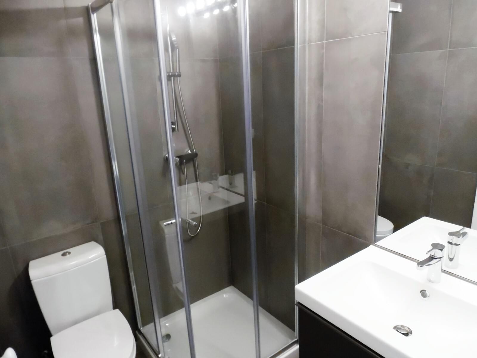 pf17621-apartamento-t4-lisboa-b6b9610c-a4c5-4875-8dff-2cf8aa468228