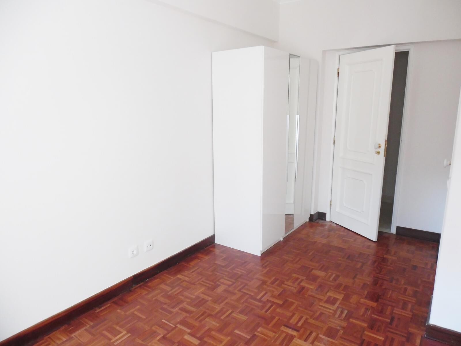 pf17621-apartamento-t4-lisboa-ccff419c-38fc-4540-888f-eb5e79ef8222
