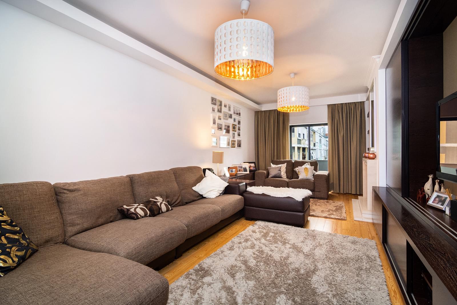 pf17626-apartamento-t6-lisboa-0f8766b0-17dc-4890-a98d-f7f2de6b9649