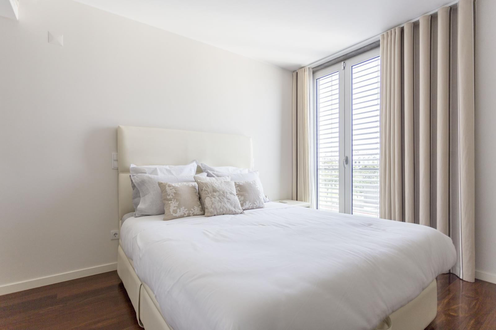 pf17631-apartamento-t5-cascais-572a2dfc-8382-4048-8701-74ae13cfc4c0