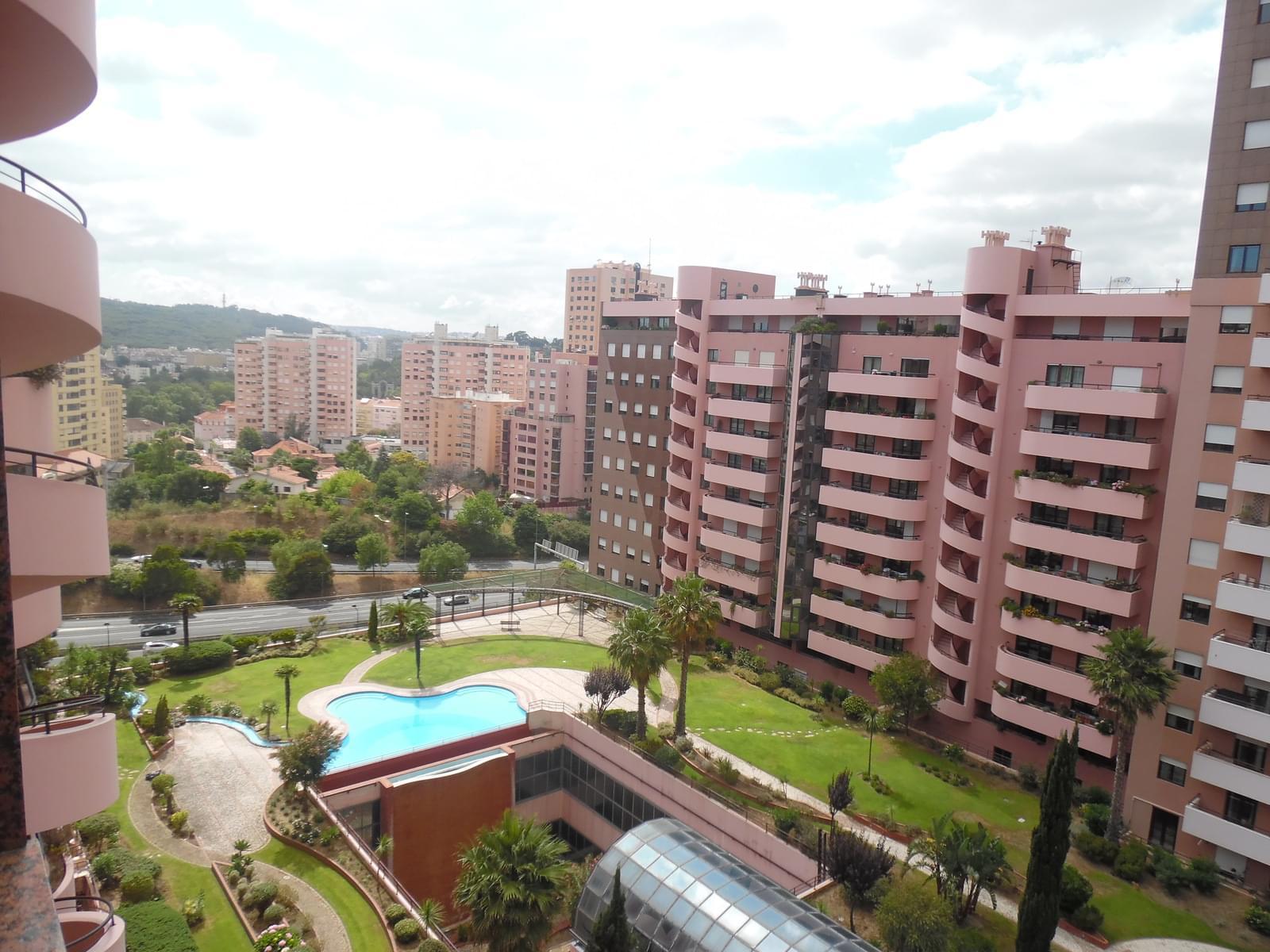 pf17637-apartamento-t2-lisboa-9a1c3633-417f-47ef-9cfe-6477806a7414