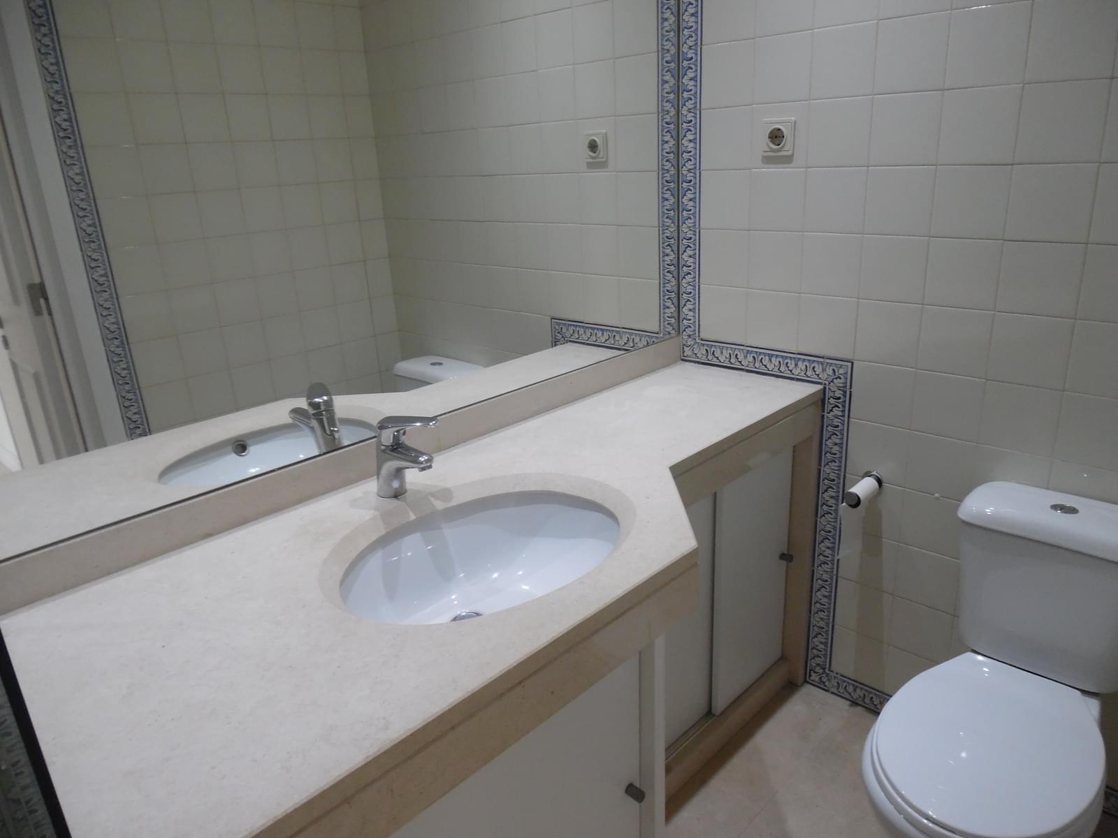 pf17637-apartamento-t2-lisboa-de4b1301-fe84-4678-83a4-f3f52937ac60